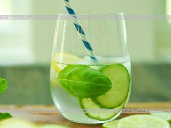 Nước chanh có khả năng làm dịu các triệu chứng của rối loạn tiêu hoá