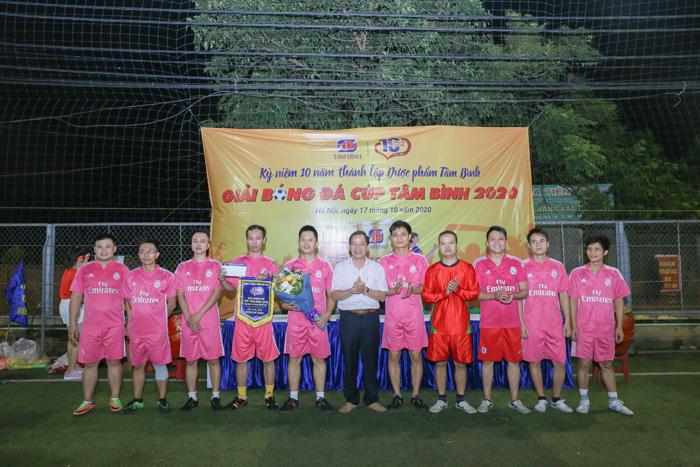 Giải bóng đá Tâm Bình 4