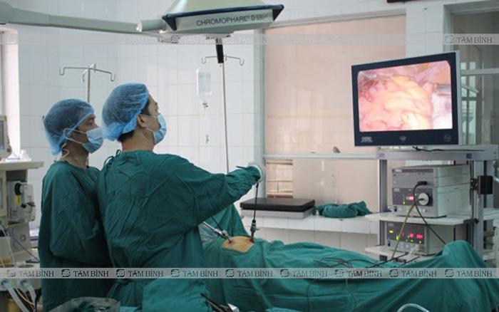 Phẫu thuật chữa viêm đại tràng