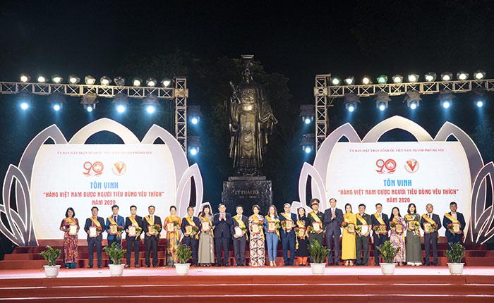 Hàng Việt Nam được người tiêu dùng yêu thích