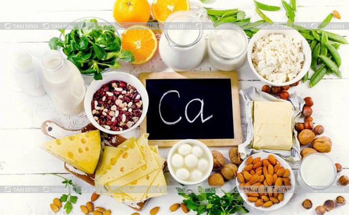 Đau lưng nên ăn gì và kiêng gì Thực phẩm giàu canxi