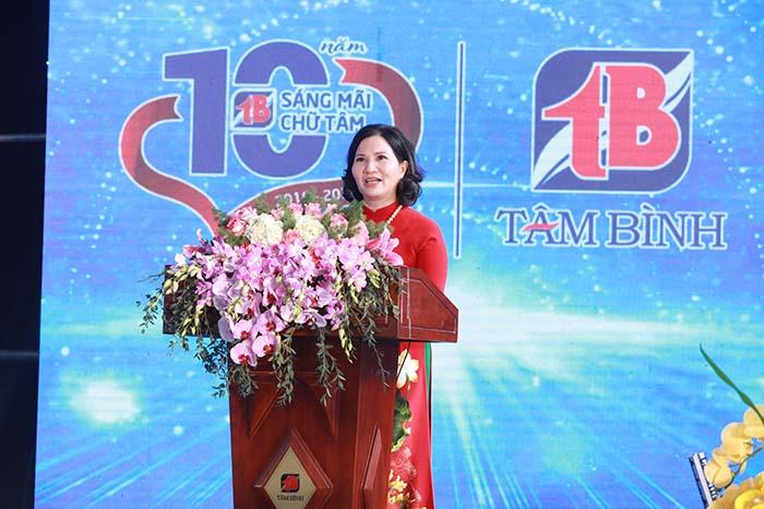 Tổng Giám đốc Lê Thị Bình phát biểu tại buổi lễ