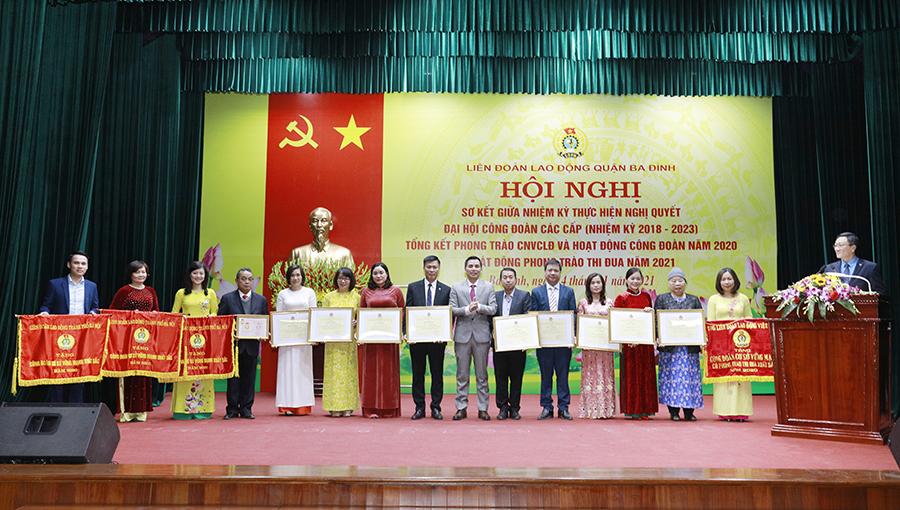 Chị Hoàng Phương đại diện Công đoàn Dược phẩm Tâm Bình