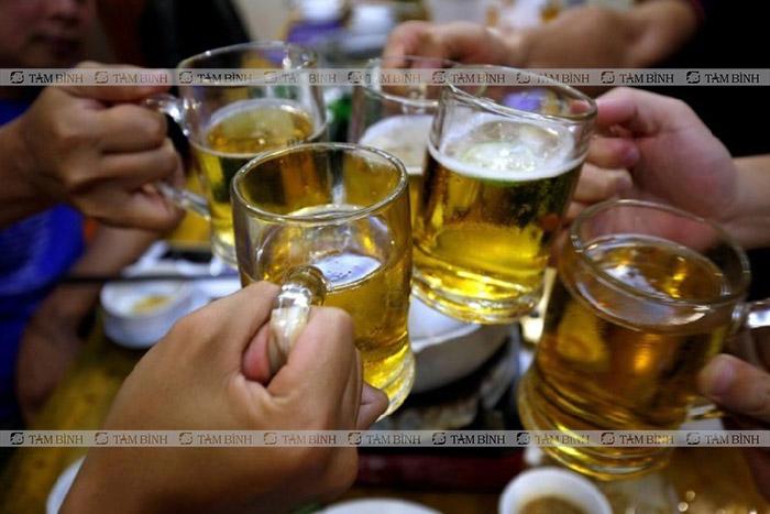 Rượu bia làm mất phong độ phái mạnh