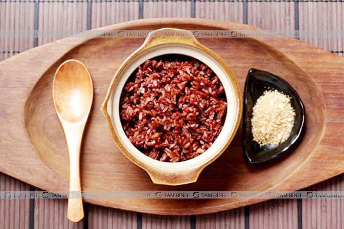 Cơm gạo lứt trị gout
