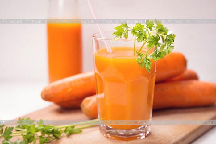 nước ép cà rốt hạ mỡ gan