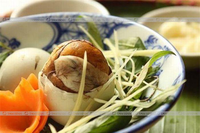 Nguyên tắc ăn trứng vịt lộn an toàn cho người mỡ máu