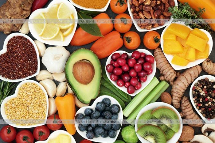 tăng cường thực phẩm giàu chất xơ và vitamin cho người mỡ máu cao