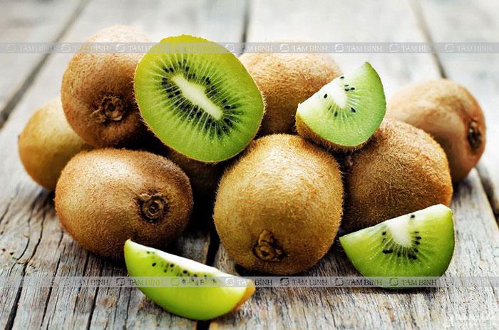 Kiwi là một trong những loại hoa quả giảm mỡ máu