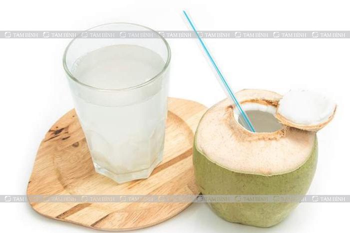 Lợi ích của nước dừa đối với sức khỏe