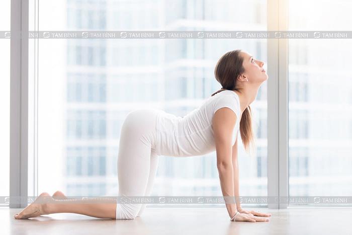 yoga giảm đau mỏi cổ