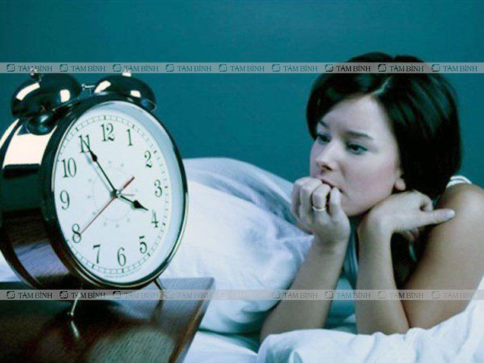nóng trong gây mất ngủ
